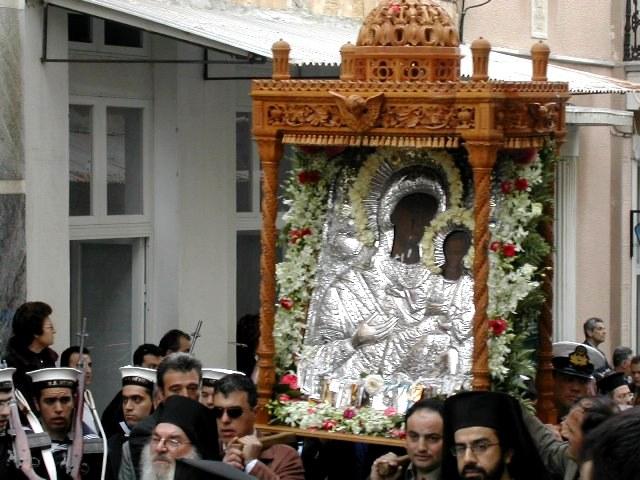 Σύναξη της Παναγίας της Θεοσκέπαστης στην Άνδρο. Εορτάζει την Παρασκευή του Ακαθίστου Ύμνου.
