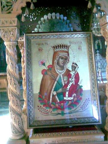 Σύναξη της Παναγίας «Ρόδον Αμάραντον» στον Πειραιά. Εορτάζει στον Ακάθιστο Ύμνο.
