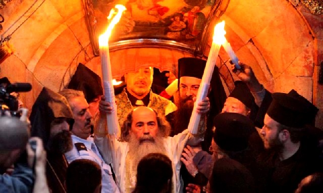 Η τελετή του Αγίου Φωτός στα Ιεροσόλυμα.