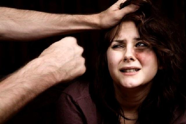Όποιος χτυπάει την/τον σύζυγό του είναι σαν τον πατροκτόνο και μητροκτόνο.
