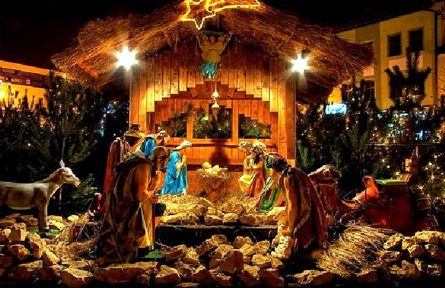 Ο Χριστός γεννιέται για να του δώσουμε τις αμαρτίες μας !