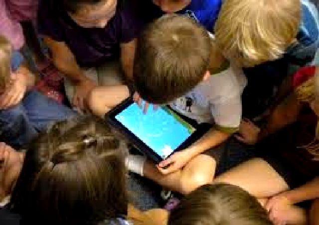 Μάστιγα ο εθισμός των παιδιών στα gadgets.