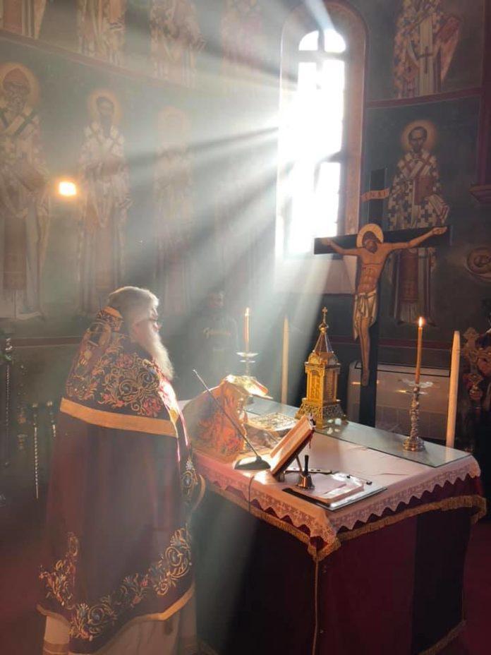 Ο φύλακας Άγγελος της Αγίας Τραπέζης