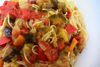 Μακαρονάδα με λαχανικά