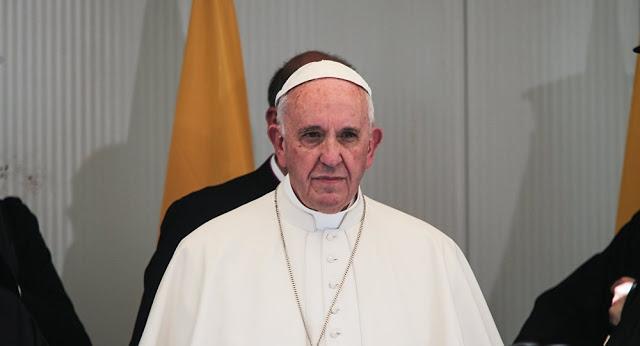 Αλλάζει το «Πάτερ Ημών»: Ποια φράση αντικαθιστά ο Πάπας Φραγκίσκος (Διαδώστε το...)