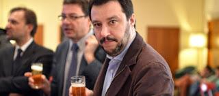 «Βόμβα» Σαλβίνι: Ετοιμάζει επιστροφή στην ιταλική λιρέτα «εάν χρειαστεί» - Δημιουργεί παράλληλο νόμισμα