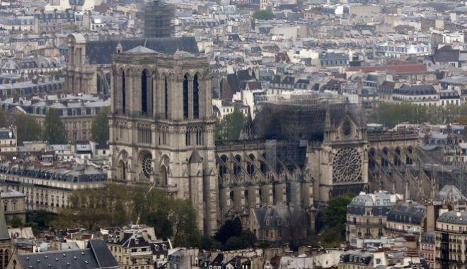 Παναγία των Παρισίων : Πρώτη λειτουργία το Σάββατο, μετά την καταστροφική φωτιά