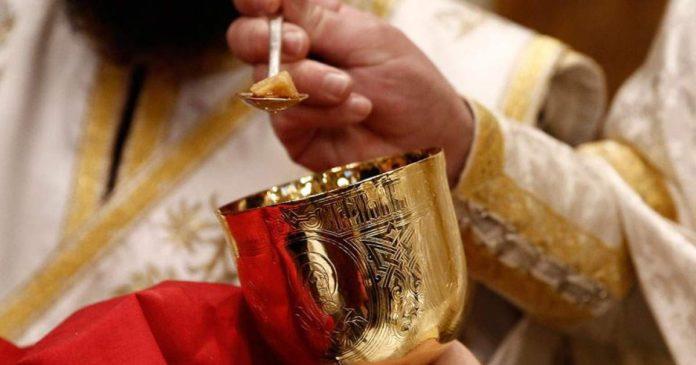 Η Θεία Κοινωνία είναι Μυστήριο, Σώμα και Αίμα Χριστού και δίνει ζωή…